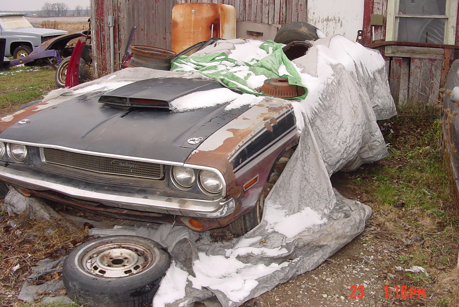 SNOPES.COM: PORTUGUESE BARN FIND